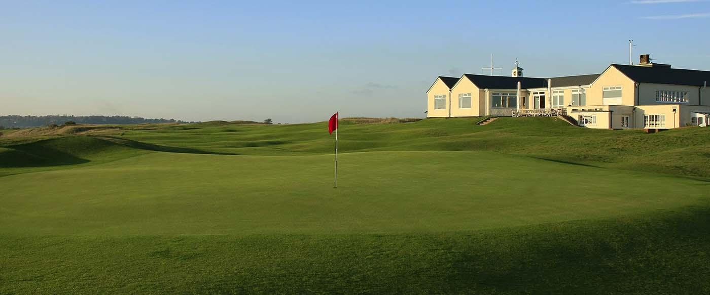 Rye Clubhouse & 18th Green